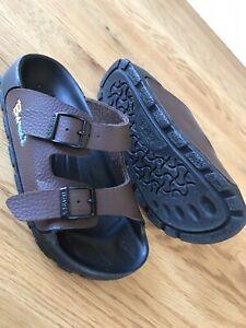 Birki's Birkenstock Kids Sandals Size 32