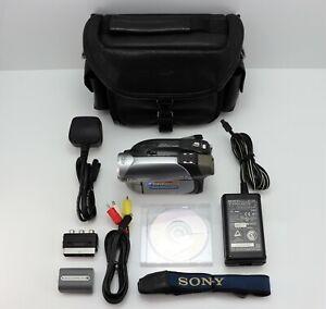 SONY HANDYCAM DCR-DVD202E CAMCORDER DVD DISC DIGITAL VIDEO CAMERA