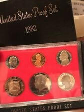 1982 S US Mint Proof Coin Set With Original Black Outer Cover