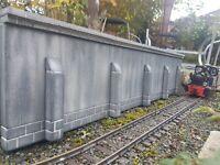 Stützmauer, Spur G, neu, für LGB Gartenbahn, Einzelstück, 900 mm x 200 mm