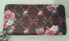 Beverly Hills Polo Club Full Size Zippered Wristlet/ Wallet    New (T014K)