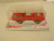Camions miniatures rouges Majorette