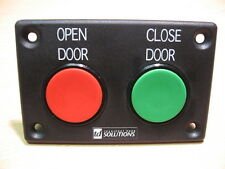 BUS DOOR PART - DRIVERS DOUBLE BUTTON - PNEUMATIC - BUT001-ASY-P