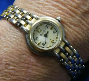 GUESS VINTAGE WASHED GOLD & SILVER TONE BAND BRACELET WATCH FRESH BATTERY A15