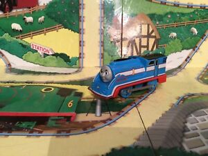 thomas the tank engine trackmaster trains Streamlined Thomas