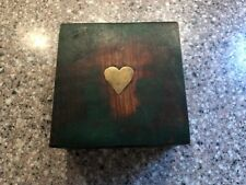 Handmade Wooden Jewelry/Trinket Box Green w/Inlaid Brass Heart in the Lid