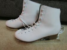Dbx Women'S White Traditional Ice Skating Figure Skates Size 7 - Excellent