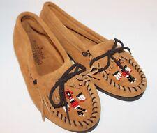 Minnetonka Moccasin Women's Sz 7.5 Shoes Thunderbird Beaded Leather EUC! 7 1/2