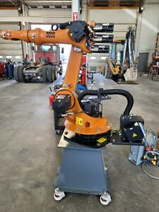Kuka Kr6 Arc with krc 2 cabinet and kcp2 pendant