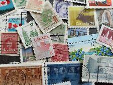 CANADA Lot de 50 Timbres tous différents stamp pickers aléatoire