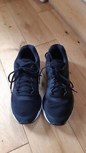 Mens Mizuno Black Trainers UK 9 Eur 43