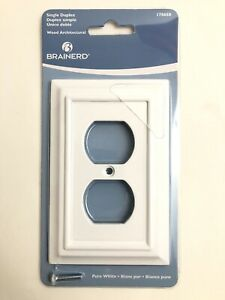 Brainerd Wood Architectural Pure White Single Duplex Standard Wall Plate 178650