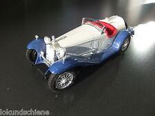 Alfa Romeo  2300 Spider  1932 . 1:18 .. Bburago Metall ..#2081