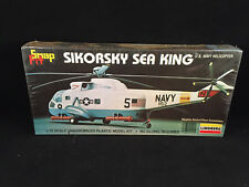 Lindberg Sikorsky Sea King U.S. Navy Helicopter 1:72 Scale Snap Fit Model Kit