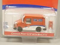 Greenlight 1:64 Canada Post LLV with Mailbox Diecast model car