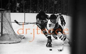 1976 Grant Mulvey CHICAGO BLACKHAWKS - 35mm Hockey Negative (MP1)