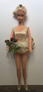 Barbie doll  1975 Ballerina  Original Tutu Flowers And Shoes