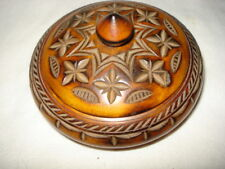 OLD CARVED WOOD SNUFF BOX ROUND BOX