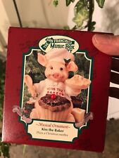 "San Francisco Music Box Co Musical Ornament ""Kiss The Baker"" Medley Songs~Pig"