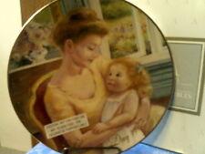 "Vtg 1995 Avon ""A Mother'S Love"" Porcelain Plate 22K Gold Trim-Nib-Free Shipping"