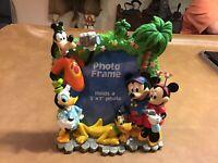 DISNEY PARKS 3D PHOTO FRAME 5x7 MickeyMouse/Minnie/Goofy/Donald Duck/Pluto NICE