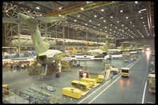 250097 AVIONS dans HANGAR A4 papier photo