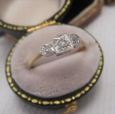 ART DECO PERIOD DIAMOND RING in 9ct GOLD and PLATINUM size O