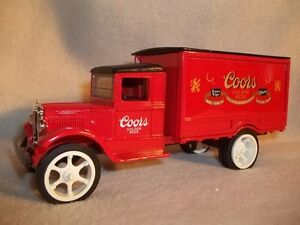 Ertl's #H318 Coors 1931 Hawkeye Bank 1/34 Scale