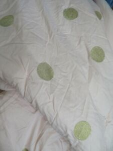 POTTERY BARN TEEN EMILY & MERITT GOLD DOT QUILT PINK KING SIZE USED AS IS
