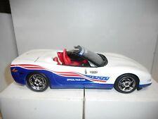 CHEVROLET CORVETTE INDY 500 PACE CAR 2004 AUTO WORLD 1:18