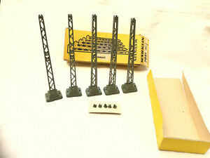 MARKLIN HO GAUGE ( 7021 ) 5x PLASTIC TOWER MAST - WITH TOPS - BOXED  PLEASE READ