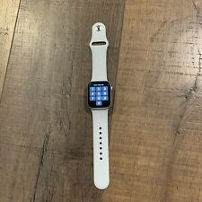 apple watch series 4 40mm Silver Aluminum With White Band