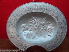 Joli ancien plat à barbe publicitaire, Mélanogene Dicquemare de Rouen en étain