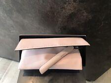 ghd platinum+ hair straightener in powder pink