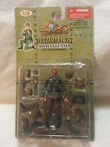 Ultimate Soldier 1:18 Xtreme Detail Wehrmacht Assault Gunner PVT. Kurt Schroder