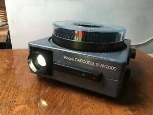 Kodak Carousel s-AV 2000 projector with slide tray