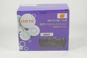 DSTE D-BG4 Battery Grip For Pentax K5/K7
