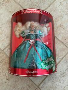 NEW IN BOX 1995 BARBIE HAPPY HOLIDAYS CHRISTMAS SPECIAL EDITION GREEN DRESS DOLL