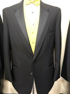 Perry Ellis tuxedo jacket And Pants And Shirt 38L