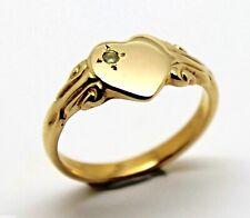 231 AUGUST BIRTHSTONE 9CT YELLOW GOLD/375 GREEN PERIDOT STONE HEART SIGNET RING