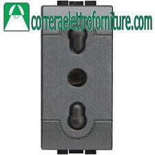 BTICINO LIVINGLIGHT antracite presa 2P+T 10/16A L4180