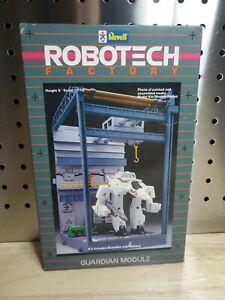 Revell Robotech Factory Guardian Module Scale 1/170 Model kit - 1413
