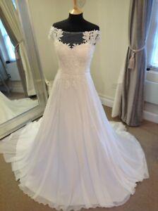 Wedding Dress by Justin Alexander Style 88013