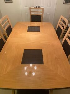 Maple Table And Chair Sets