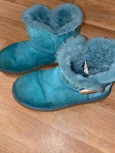 LADIES GENUINE GREEN BAILEY BUTTON UGG BOOTS UK3.5 Used Worn