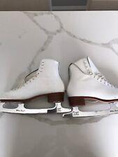 womens figure skates Size 6