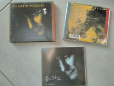 """ronnie wood slide on this cd, and """"in print"""" booklet"""