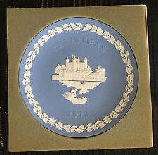 Wedgwood Marked England Christmas 1973 Blue Jasperware w/ White Relief Plate
