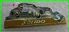 """Pin's Voiture de sport Car Noir black  """" SOLIDO """"    #H5"""
