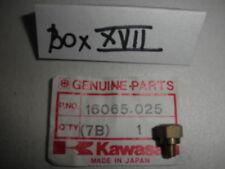 NEW KAWASAKI KX250 KX400 KX450 F12MX F11M HOLDER MAIN JET  16065-025